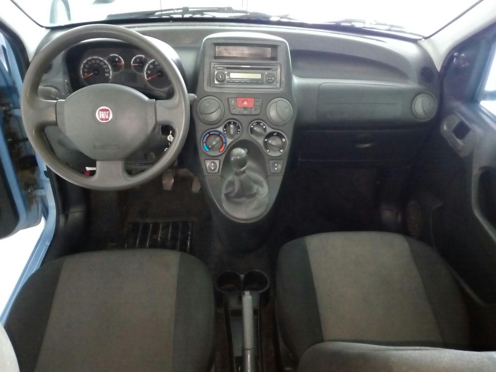 Fiat Panda 1.2 Emotion (1)