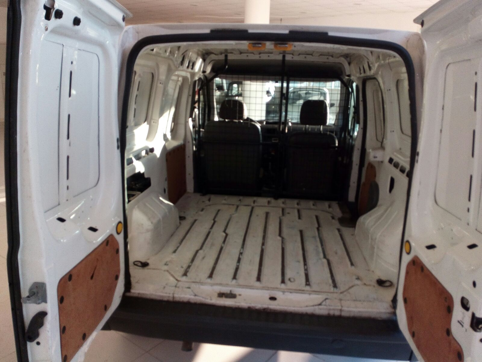 Ford Transit Connect 1.8 (4)