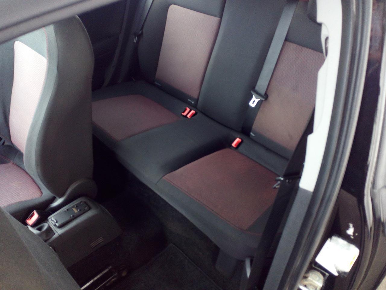 Opel Corsa 1.2 Cosmo (4)
