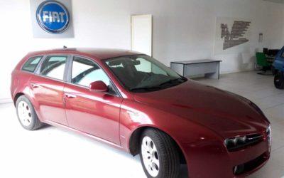 Alfa Romeo 159 Sportwagon 1.9 JTDM 150 CV – € 2.200